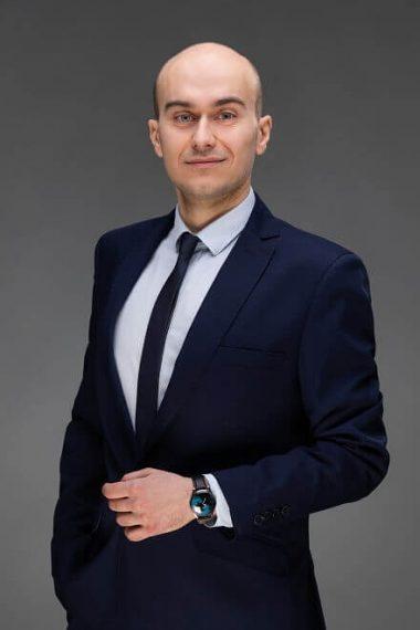 zdjęcie radcy prawnego dr Radka Rafała Wasilewskiego